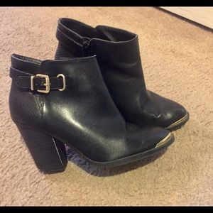 Black Rock n Republic booties❤price reflects EUC